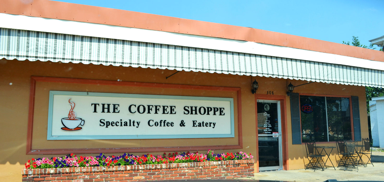 outside image of the Coffee Shoppe eatery